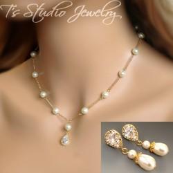 Teardrop Pearl Bridal Necklace & Earrings Set