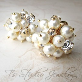 Swarovksi Pearl and Crystal Stud Cluster Bridal or Bridesmaid Earrings - KARA