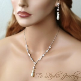 Teardrop Pearl Bridal Necklace and Earrings Set