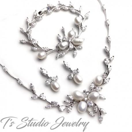 Freshwater Pearl Necklace Earrings Bracelet Bridal Jewelry Set