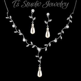 Pearl & Crystal Vine Leaf Design Jewelry Set