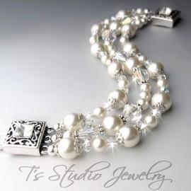 Vintage Style Pearl and Crystal Bridal Bracelet