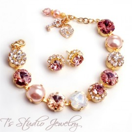 Blush Pink Gold Pearl and Crystal Bracelet
