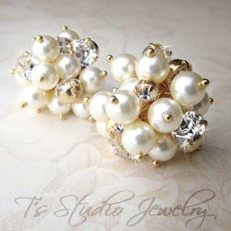 Swarovksi Pearl and Crystal Stud Cluster Bridal or Bridesmaid Earrings