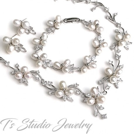 Freshwater Pearl and CZ Crystal Jewelry Necklace Earrings Set