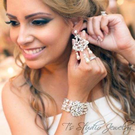 Pearl and Crystal Bridal Bracelet & Earrings Set