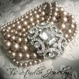 Pearl Vintage Theme Bridal Bracelet